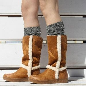 Shoes - 🍁☁ Sheepskin Suede Cold Weather Boots ☁🍁